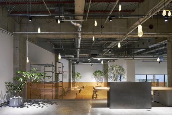 akqa tokyo office torafu architects トラフ建築設計事務所
